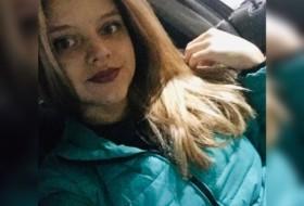 Alena, 20 - Just Me