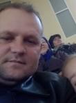 Aleksandar, 41  , Armyansk