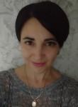 Regina, 46  , Luhansk