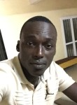 bazou  lodia, 30, Dakar