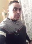 Jalal, 39, Brescia