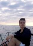 David, 21  , Vanves
