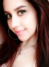Snezhana, 21, Russia, Moscow