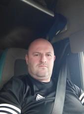 Михайло, 40, Spain, Burgos