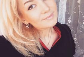 Liza, 26 - Just Me