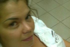 Yana, 36 - Just Me