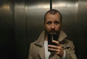 perets, 26 - Just Me