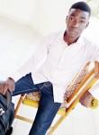 Paul, 22  , N Djamena