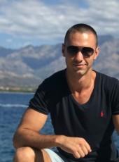 Viktor, 29, France, Calvi