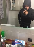 Nicolas, 19  , Boulogne-Billancourt
