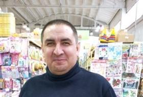 bakha, 45 - Just Me