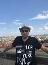 Eddie Kreyman, 48, Australia, Sydney