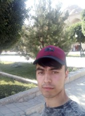 Murodjon Muhiddi, 20, Russia, Moscow