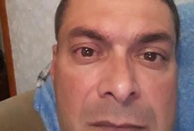 Mikhail , 40 - Just Me