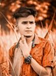 Lucky Kumar , 18  , Bettiah