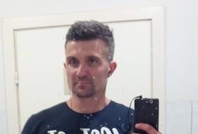 Den, 44 - Just Me