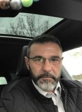 Gil, 47, France, Paris