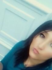 Charlyne, 26, France, Besancon