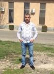 Mher, 44, Yerevan