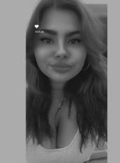 Grace, 21, Germany, Hilden
