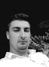Ibrahim , 22, Turkey, Gaziantep