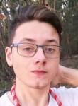 Rodrigo, 19  , Lisbon