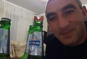 oxotnik, 37 - Just Me