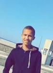 Khalid, 18  , Agadir