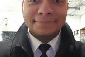 Ricardo, 34 - Just Me