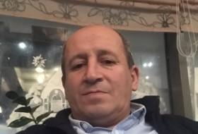 Aharon, 52 - Just Me