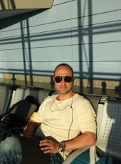 Javier, 41, Spain, Palma