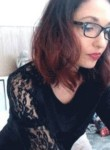 Vanessa, 25  , Brussels