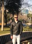 Roman, 22  , Schoppingen