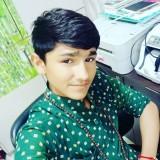 Satish, 18  , Un (Gujarat)