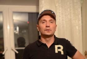 Aleksey , 38 - Just Me