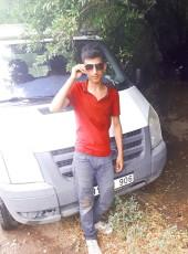 Metin, 18, Turkey, Mardin