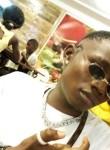 LUCAS, 21  , Douala