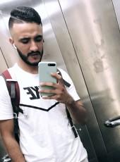 Zakaria Echari, 25, Morocco, Casablanca