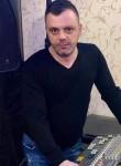 Robert, 39  , Bucharest