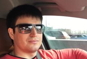Dima, 37 - Just Me