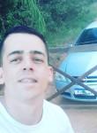 Le, 18, Porto Alegre