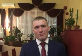 Alexander, 21 - Just Me