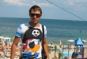 Artyem, 29 - Just Me