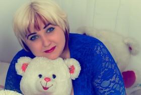 nataliya, 29 - Just Me