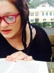 elisa, 22  , Vill Albese