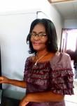 Michaela, 55  , Libreville