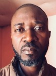 Ousmane, 41  , Dakar