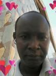 Thierno, 40  , Dakar