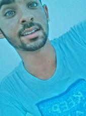 Hamza, 19, Tunisia, Tunis
