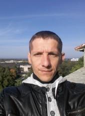 Yuriy, 36, Estonia, Johvi